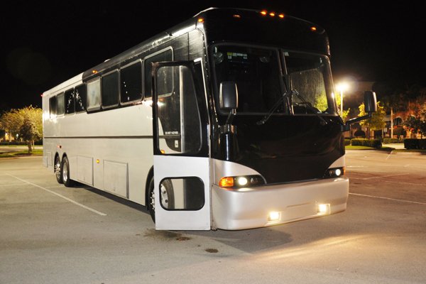 40 Person Party Bus Edison